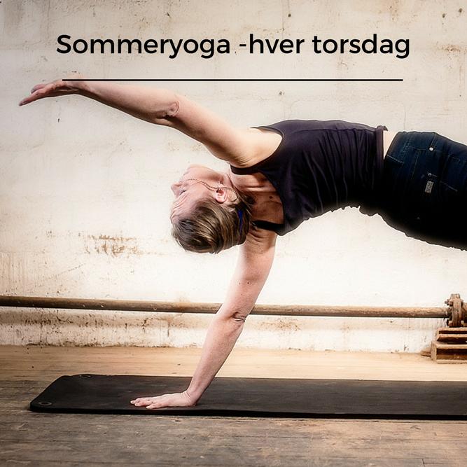 Sommeryoga i Yogaoasen